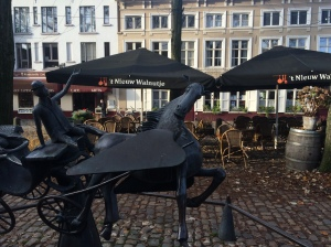 There is quite a few references to Greek Mythology throughout Bruges, this is Pegasus